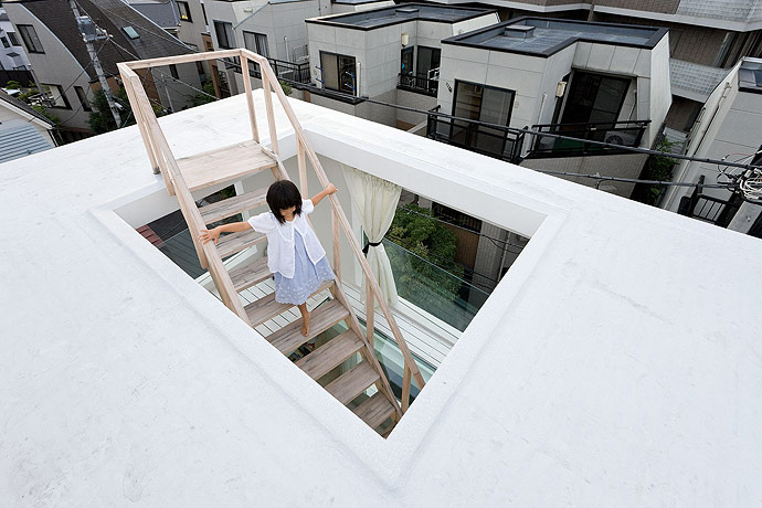 sou fujimoto house h roof