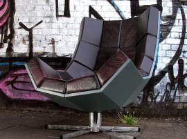 villain chair suck uk kreslo pre zloduchov