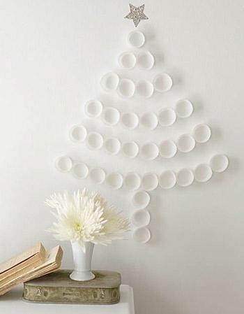 50 sweetpaulmag.com cupcake-liner-tree